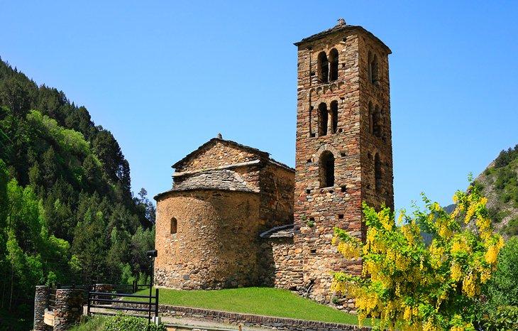 Sant Joan de Caselles Kilisesi